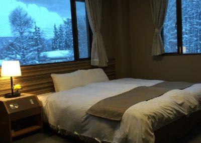 Twin Room (3)