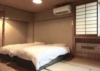 Triple Room (2)