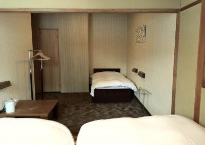Triple Room (3)