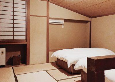 Twin Room (9)